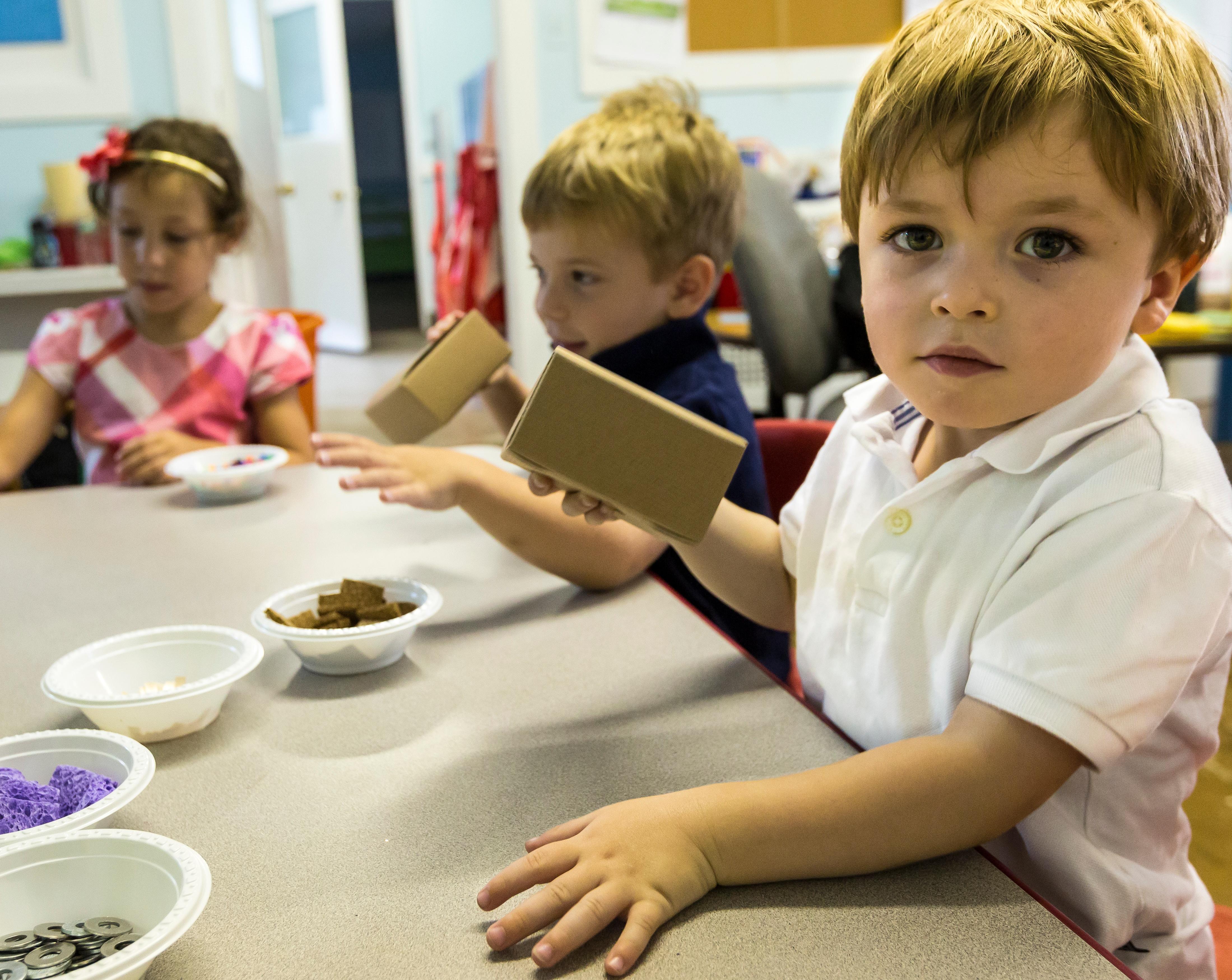 Preschoolers engineer a noisemaker